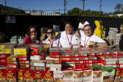 Thanksgiving Stuffing Event @ Big Sunday | Los Angeles | California | United States