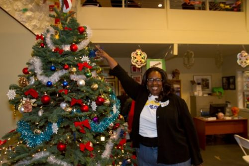 Holiday Decorating at the VA @ Please contact Beenish for address details.